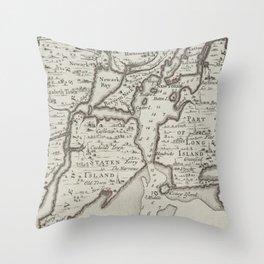 Vintage Staten Island & NYC Harbor Map (1733) Throw Pillow