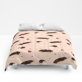I'm Having An Eclair Comforters