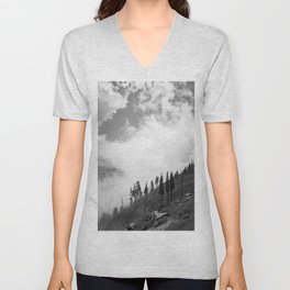 Mountains, Valleys and Forests. Yosemite National Park, Black and White Photography, Clouds and Fog Unisex V-Neck