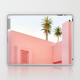Muralla Roja Laptop & iPad Skin