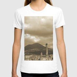 Mount Vesuvius looking down on Pompeii T-shirt