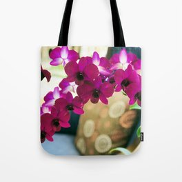 Pink Purple Magenta Orchids In Contemporary Vase Tote Bag
