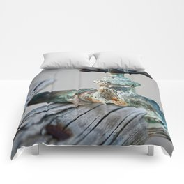 Time weathered Faucet Comforters