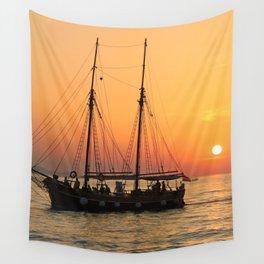 pirat boat Wall Tapestry