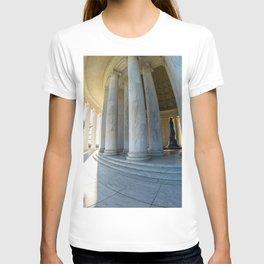 Round Jefferson T-shirt