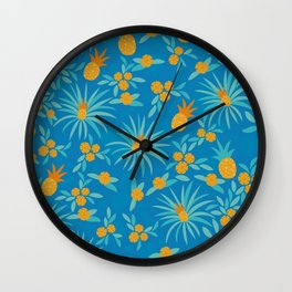 Tropical vibes pineapples / secondary pattern / seamless pattern / summer vibes Wall Clock