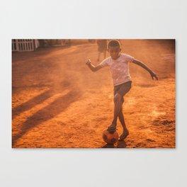 El fútbol a sol y sombra / Football in sun & shadow Canvas Print