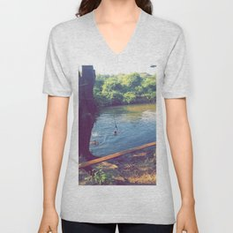 Goose Creek Unisex V-Neck