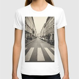The streets of Paris, France T-shirt