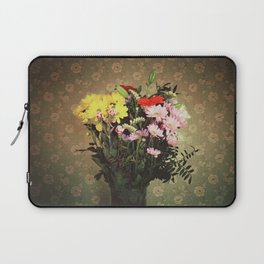 Flowers for her Laptop Sleeve