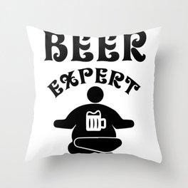 beer expert - I love beer Throw Pillow
