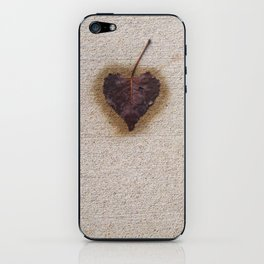 heart on the ground iPhone Skin