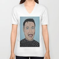 robin williams V-neck T-shirts featuring Robin Williams Portrait by Tania Allman Art