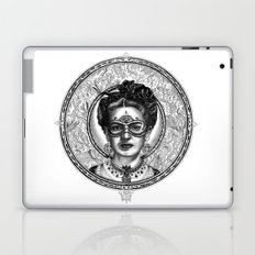 FRIDA SAVAGGE. Laptop & iPad Skin