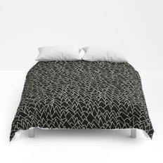BW pattern 20 Comforters