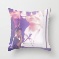 liam payne Throw Pillows featuring Liam Payne by Halle