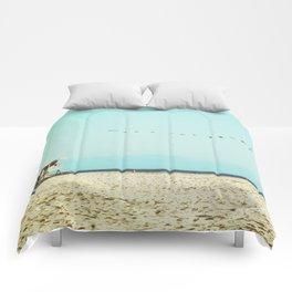 Pelican Paradise Comforters