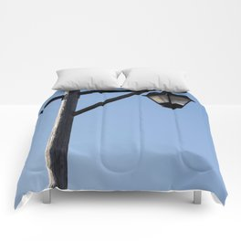 Light And Post Comforters