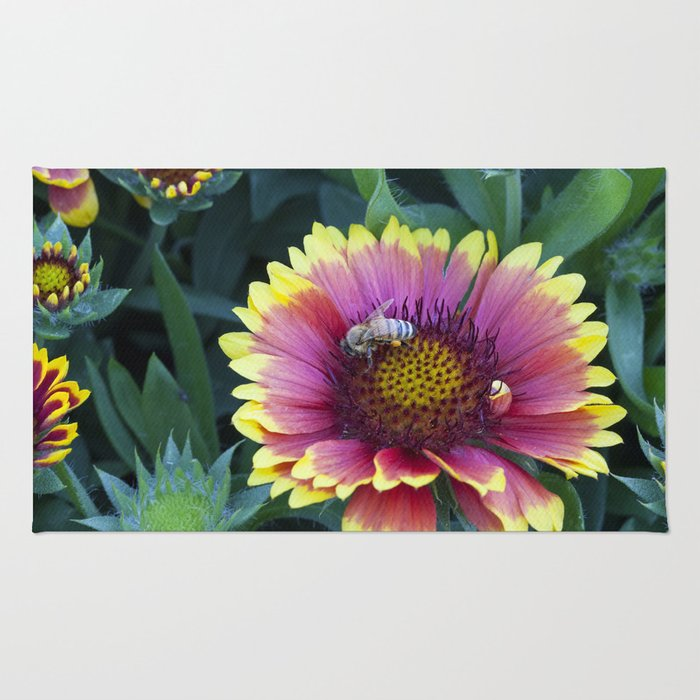 Beautiful red Sunflower with Bee Rug