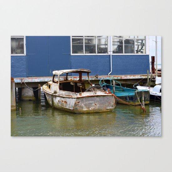 Still afloat Canvas Print