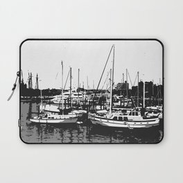 the sea and the ship Laptop Sleeve