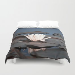 flower of the lake Duvet Cover
