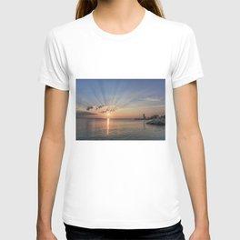 Sunbeams at Annisquam lighthouse #2 T-shirt