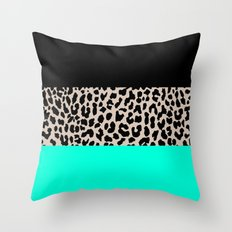 Leopard National Flag VII Throw Pillow