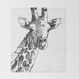 Giraffe - M Throw Blanket