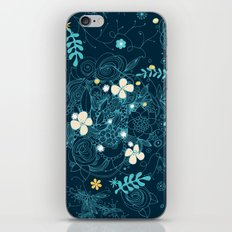 Dark floral delight iPhone & iPod Skin