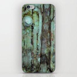 ONE MOON ONE TREE iPhone Skin