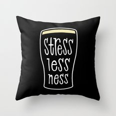 a pint of stout: stresslessness Throw Pillow