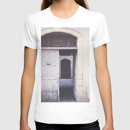 Cottage Doors in Bayeux T-shirt
