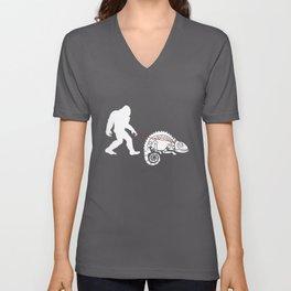 Funny Walking Chameleon Chamaeleon Unisex V-Neck
