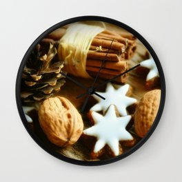 Cinnamon stars Wall Clock
