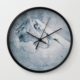 Higher Highs Wall Clock