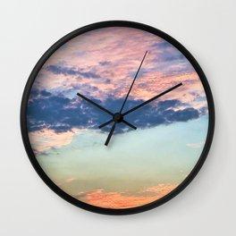 1588 Wall Clock