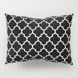 White Moroccan Quatrefoil On Darkest Black Pillow Sham
