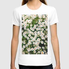 Flower Photography by Bea Dm harris T-shirt