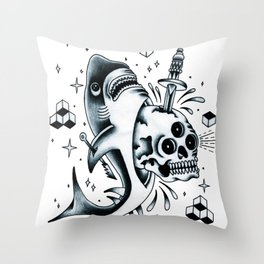 Calavera Tiburón. Throw Pillow