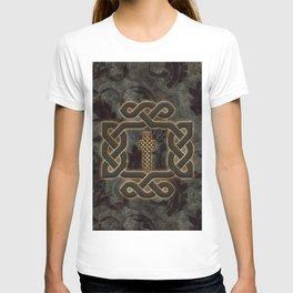 Decorative celtic knot, vintage design T-shirt
