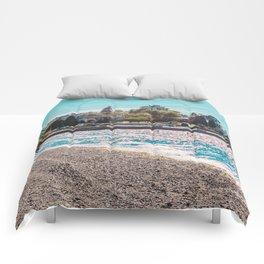 I see an island. Comforters