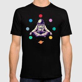 Retro Yoga Astronaut Meditates In Space T-shirt