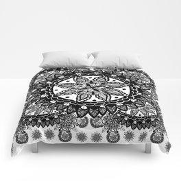 Black and White Chaotic Mandala Pattern Comforters