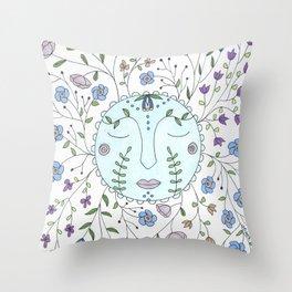 Chanson de la lune bleue Throw Pillow