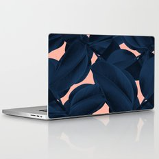 Weekend away Laptop & iPad Skin