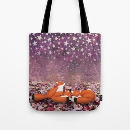 foxes under the stars Tote Bag