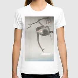 Monkey and the reflection of the moon in the water - Japanese vintage woodblock print T-shirt