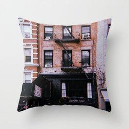 New York City // Retro 35 Throw Pillow
