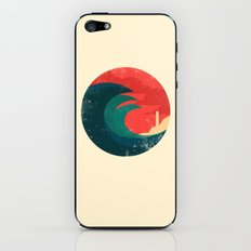The wild ocean iPhone & iPod Skin